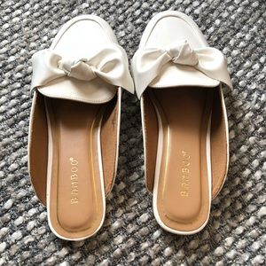 Pleather loafers with bow